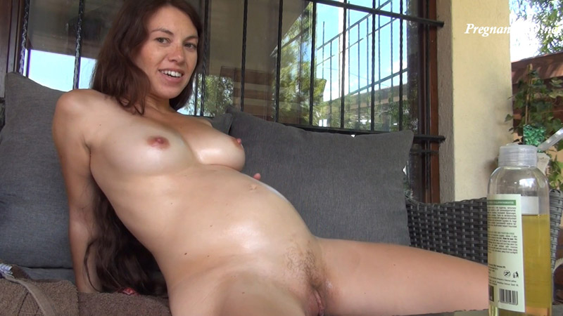 5 month pregnant belly rubbing only - Tiffany Doll