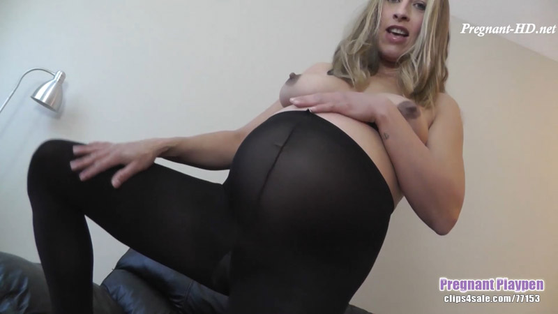 Pregnant in pantyhose. again - Pregnant Playpen