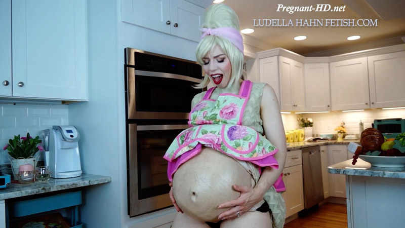 Let Mommy Swallow You POV Consensual Vore - Taboo Pregnant Gaining - Ludella Hahns Fetish Adventures