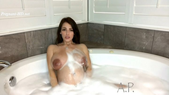 Pregnant MILF Plays In Bubble Bath – MissAlexaPearl