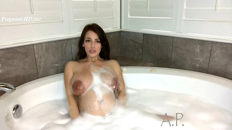 Pregnant MILF Plays In Bubble Bath – MissAlexaPearl
