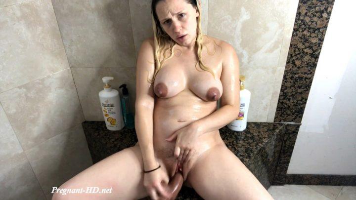 21 Weeks Pregnant Shower and Cum – Marilyn Mae