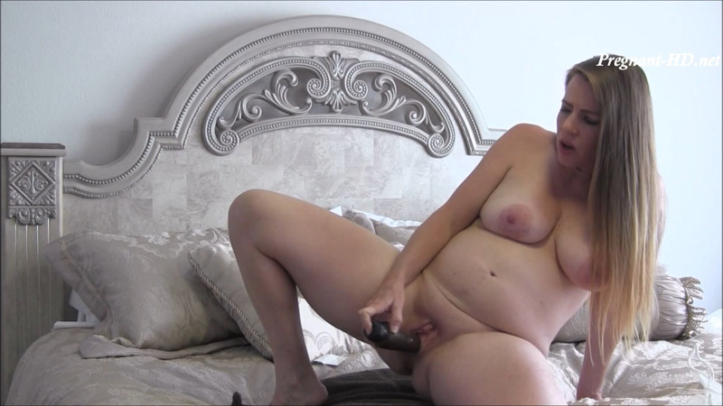 Beautiful Pregnant MILF Encouraging You – NikkiNevada