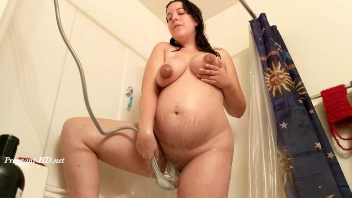 Pregnant Amateur Shower Fun – Lunala Crystal