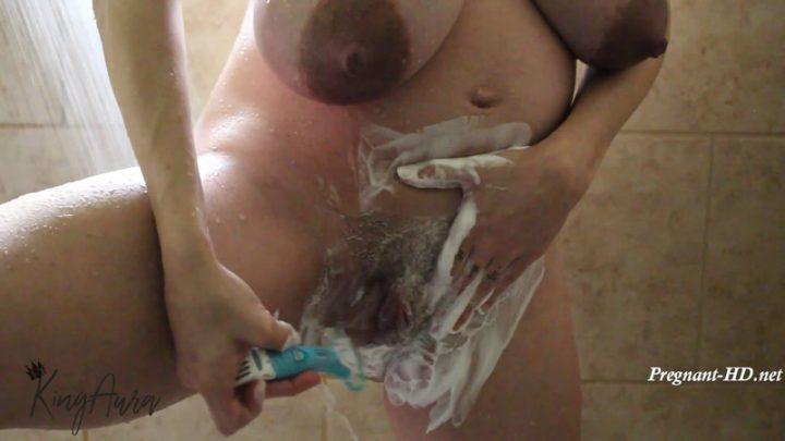 Pregnant Sudsy Shower Shave – AuroraXoxo
