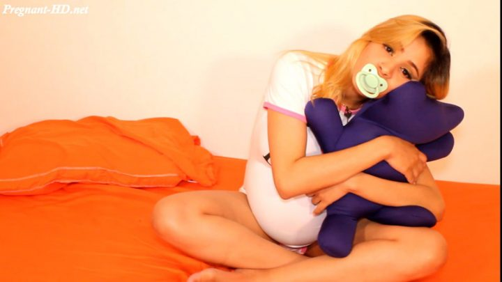 Pregnant Teen Loving Her Teddy Bear – Luciarayne