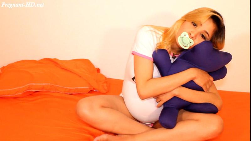 Pregnant Teen Loving Her Teddy Bear – Luciarayne