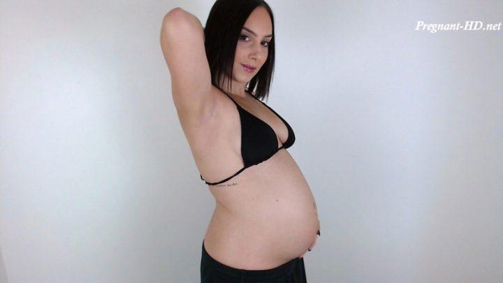 Pregnant Belly Worship 2 – Goddess Arielle