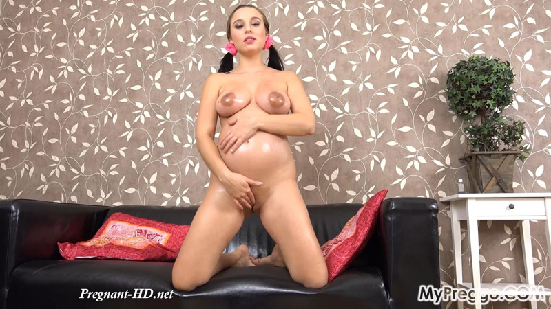 Alyssa Gives Herself a Powerful Orgasm! – MyPreggo – Alyssa