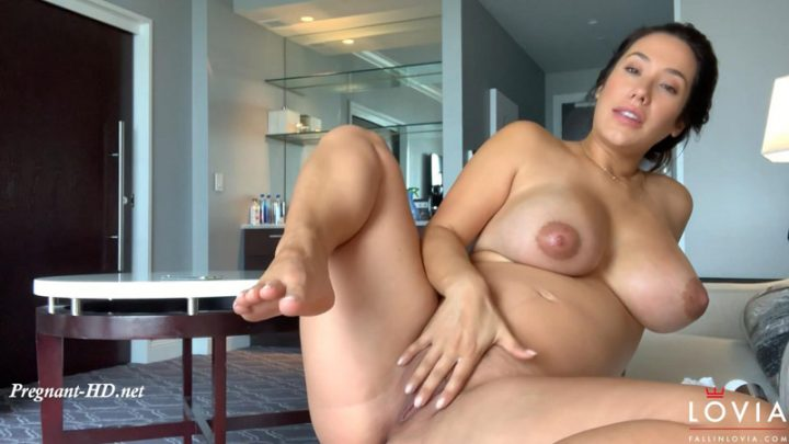 Post Shower – Eva Lovia
