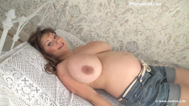 Samanta Lily – Pregnancy – Nadine-J