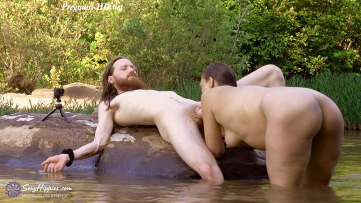 36 Weeks Pregnant River Day – SexyHippies