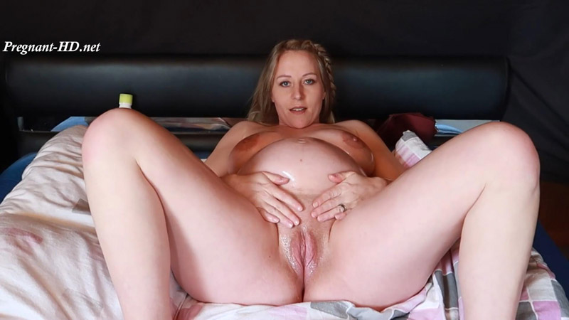38 Weeks Pregnant – Huge Belly Oiling & Pussy Play – Wifey4you